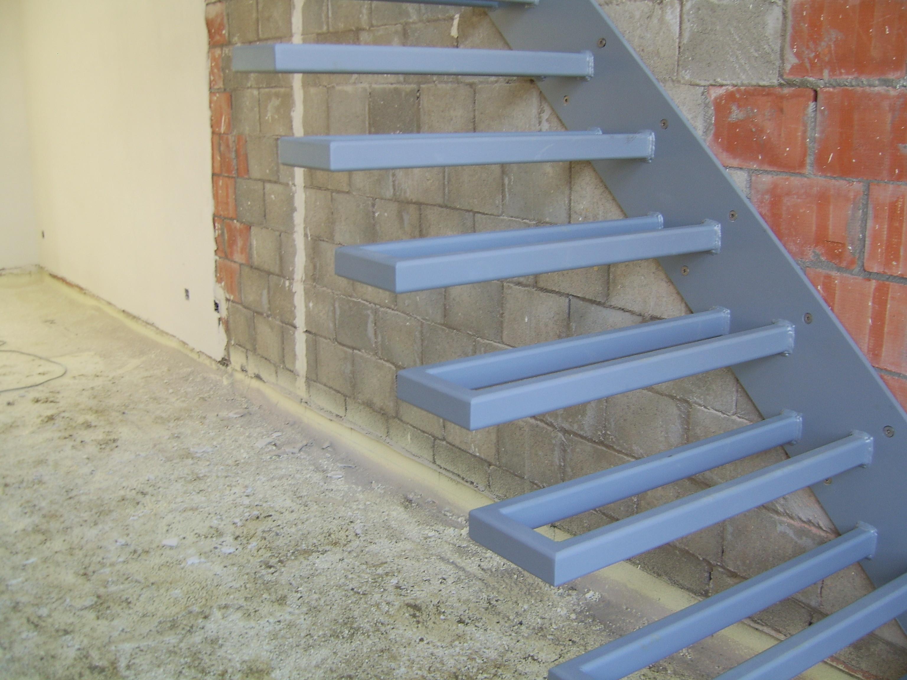Zwevende Trap Kosten : Zwevende trap in opbouw andere opbouw lg laeremans geert nv
